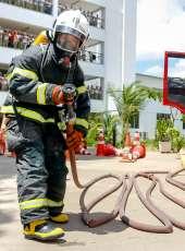Campeonato de técnicas bombeirísticas marca encerramento do curso de formação de soldados bombeiros
