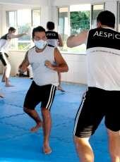 Futuros delegados participam de treinamento de defesa pessoal na Aesp